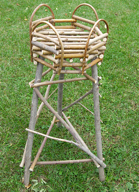 Item# 511 - Plant Stand-3 legs/8 sides
